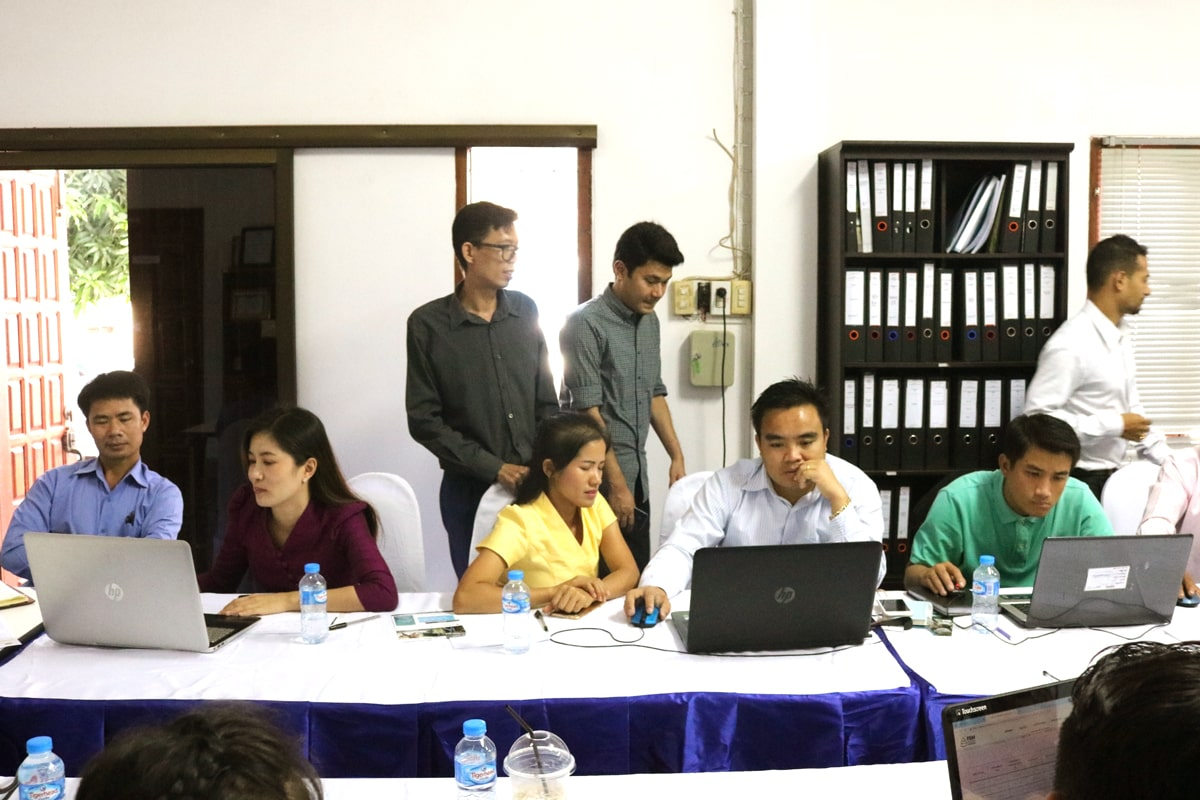 blog-Laos-FSM-Toolbox-training-group-work